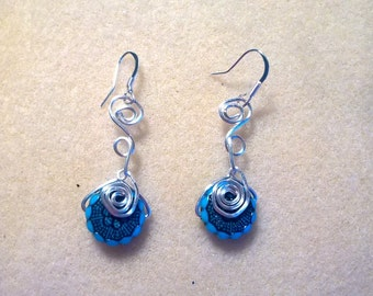 Turquoise and black spiral ear drops