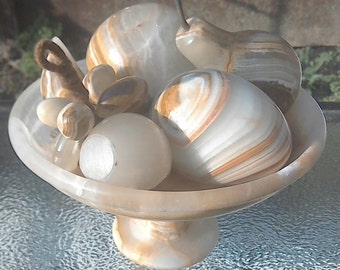 Marble/onyx fruit bowl