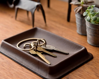 Colm Leather Tray S