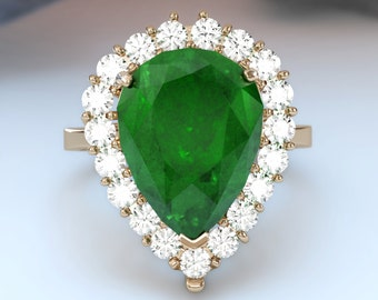 Estate 6.20ctw Natural emeral and natural diamond 14k solid gold