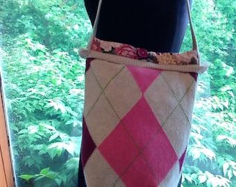Argyle  Sweater Bucket Bag