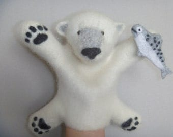 The polar bear hand puppet, wet felted. bibabo.