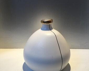 Large irregular round vase ivory/gold/black unique modern minimalistic organic