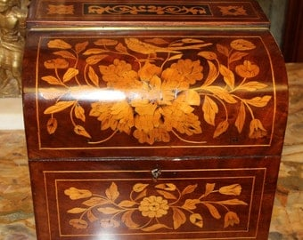 STUNNING Dome Top Dutch Flemish Marquetry Inlaid Walnut Satinwood Jewelery Box