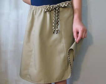 Khaki twill adjustable girl's skirt - Great for school uniforms