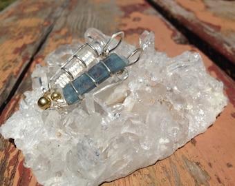 Blue kyanite and quartz pendant