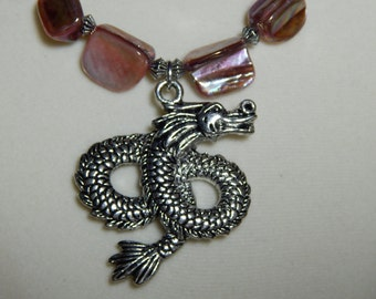 Elegant Sea Serpent with Pink Mother-of-Pearl Necklace Set