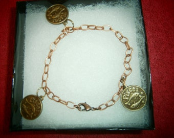 Pisces zodiac charm chain bracelet