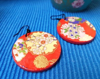 Chiyogami red passion - Japanese, floral, round, red, wooden, lacquered earrings
