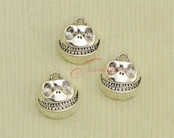 15PCS--17x15mm , Skull Skeleton Charms, Antique Silver Tone Skull Jack Charm pendant, DIY Findings, Jewelry Making