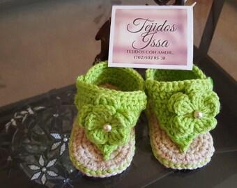 Crochet flower sandals