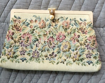 Neutral small clutch with pastel floral tapestry - evening purse - 1950s