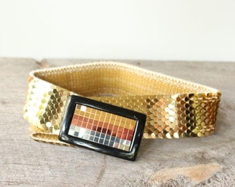 "wide gold fish scale belt . vintage reticulated belt . womens small medium - 26"" to 35"""