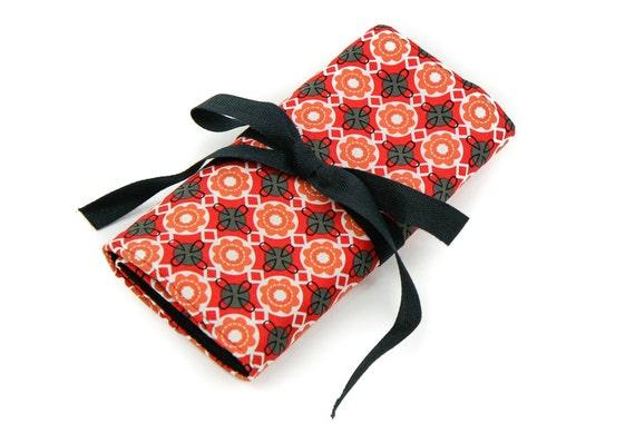 Crochet Hook Case  - Betty with 26 black pockets