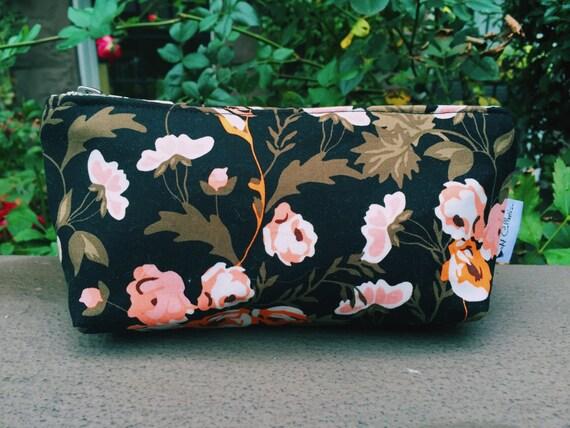 Cosmetic Bag, Black Makeup Bag, Toiletry Bag for Women, Beauty Bag, Makeup Pouch, Zipper Pouch, Small Bag