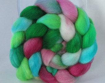 12 DOLLAR SALE - Hand Dyed Falkland Wool Combed Top Roving  (4.0 oz) - Sucker Vine - Spinning Fiber Hand Painted Kettle Dyed