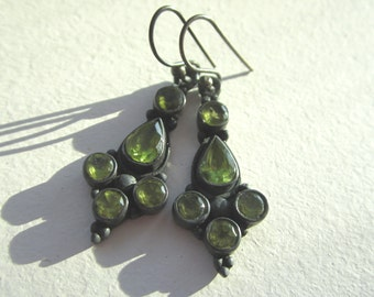Peridot Gemstone Earrings.  Green Peridot Earrings, Peridot Dangle Earrings. Bezel Set Earrings in Oxidized Silver.