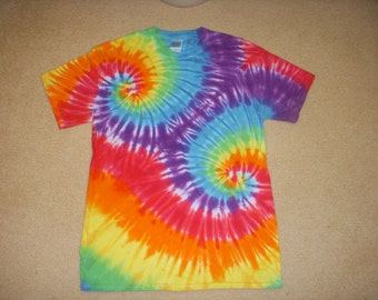 M tie dye tee shirt, double rainbow, medium