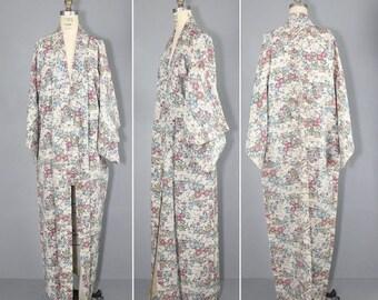 kimono sale / silk kimono / dressing gown / vintage kimono / MULBERRY ROAD silk robe
