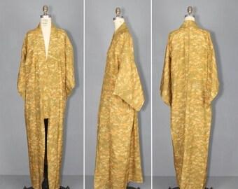 kimono sale / 1950s kimono / silk robe / vintage kimono / MARIGOLD japanese kimono