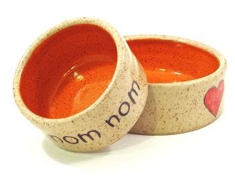 small om nom nom bowl in orange