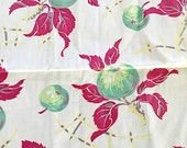 fruit table cloth 36 x 42  vintage/retro shabby/cottage chic APPLES
