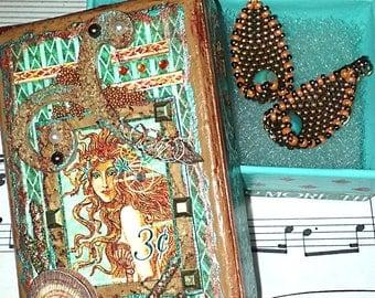Mermaids Treasure Beaded Earrings Gift Set