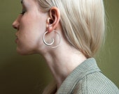 silver looped silver hoops / hoop earrings / 1030a