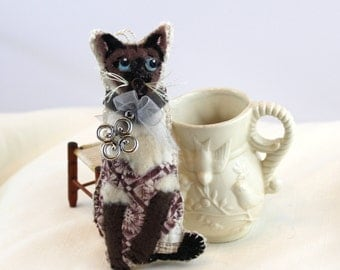 Standing Siamese Cat Quilty Critter with Celtic Charm - OOAK, Novelty, Folk Art, Ornament