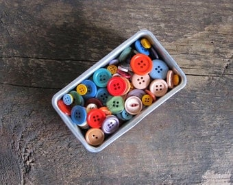 150 Vintage Plastic Buttons in Mini Loaf Pan