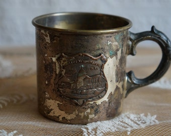 """Vintage old Washington DC souvenir   cup  Made of metal   Capitol picture on the front   Says """"US Capitol  Washington DC"""""""