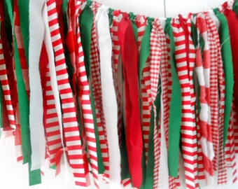 Christmas Photo Prop, Peppermint Rag Tie Garland, Red Green Rag Fringe Garland, Mantle Fabric Garland, Photography Prop