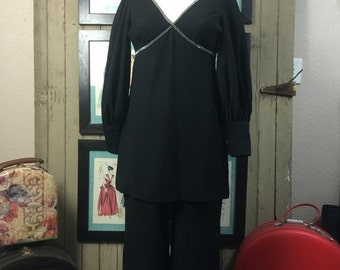 Sale 1960s pant suit 60s black outfit size small Vintage 2 piece set 60s pant suit dress suit