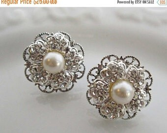 Sale Bridesmaid earrings Ivory Pearl Silver Earrings pearl post stud earring bridesmaids jewelry bridesmaids gift