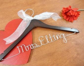 Bridal Name Hanger - Custom Name Hanger - Bride Hangers - Bridal Accessories - Wedding Dress Hangers - Personalized Hangers - Wire Hangers