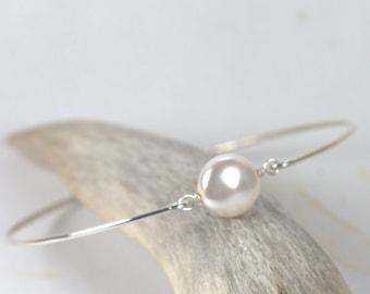 White Pearl Sterling Silver Bangle Bracelet, Sterling Silver Bracelet, Pearl Bangle Bracelet, Pearl Bracelet, Bridal Jewelry [#841]