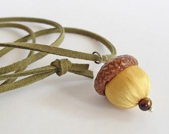 Acorn necklace, yellow silk acorn jewelry, boho jewelry, woodland accessory, fall jewelry piece, long necklace