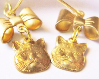 cat earrings - gold cat earrings - charm earrings - minimalist earrings - gold earrings - cat face earrings - bow earrings