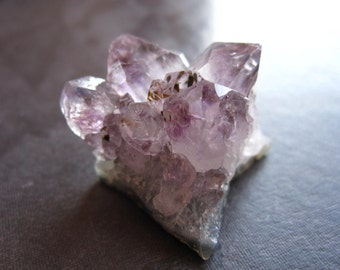 Amethyst Drusy Cluster - 1 inches X 6/8 inches