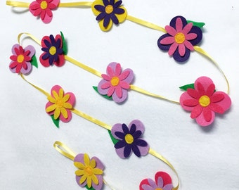 Flower Garland, Spring Flowers, Felt Flower Garland, Room Decoration - Made to Order, Nursery Decor, Wedding, Party Decoration