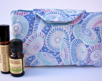 Essential oil case holds 8 oil carry case Blue umbrella fabric