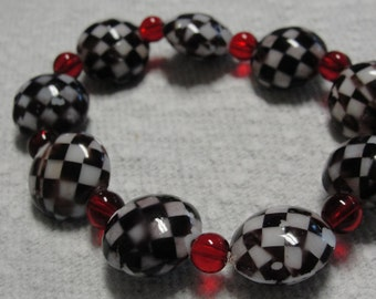 Glass Black White Check and Red Beaded Stretch Bracelet