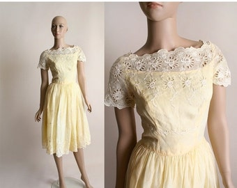 ON SALE Vintage 1960s Cotton Dress - White Eyelet Flower Party Dress - Small