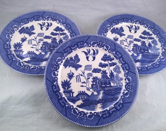 Three Vintage Blue Willow Dinner Plates Marked Japan