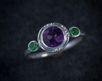 Size 6 Purple Amethyst Ring, Green Garnet Ring, Miligrain Halo Multistone Ring, Green Stone,February Birthstone Ring,January Birthstone Ring