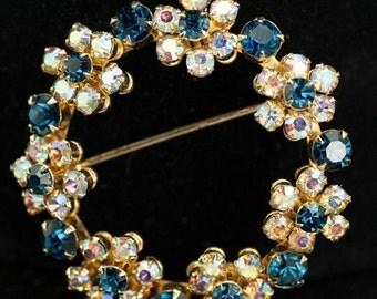 Weiss Brooch and Earrings - Rhinestone Floral Vintage Circle Brooch and Earrings
