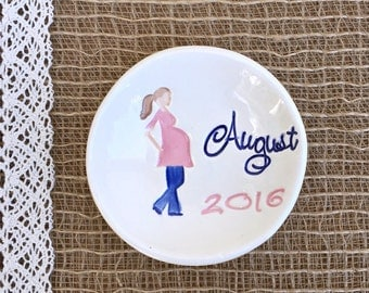 New Mommy Ring Dish - Pregnancy Gift, Mommy to Be Gift, Pregnancy Reveal