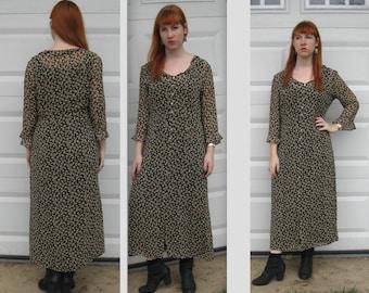 little flower dress . country side dress. Garnet Hill . Silk crepe dress . floral silk dress . size 12 dress