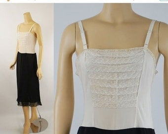SALE 1950s Black and White Lace Rayon Full Slip by Fray Pruf Sz 34 New Old Stock NOS