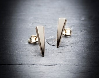10k yellow gold claw studs